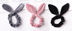 VELVET KNOT SCRUNCHIE 3 PIECE SET - Pink/Grey/Black