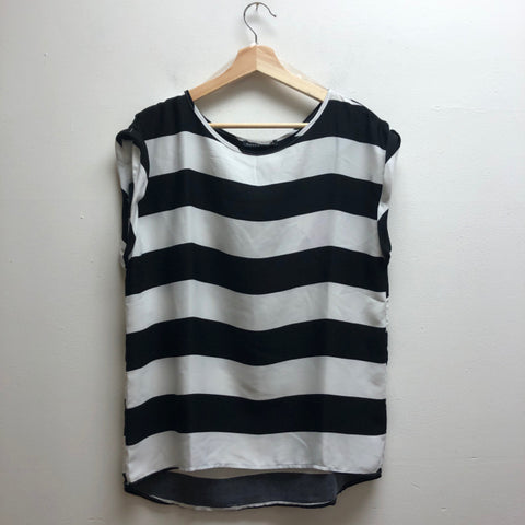 Haute Monde Size Large Stripe Top