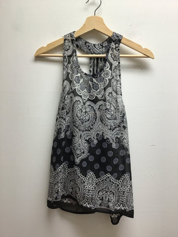 Elodie Size Small Black/White Tank Top
