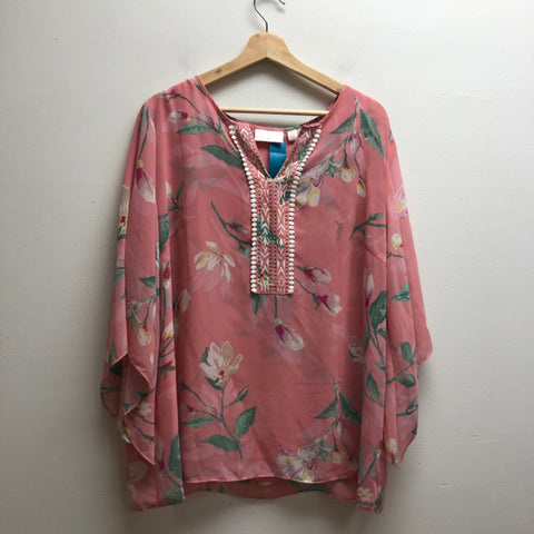 belle Size XL Pink Top