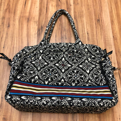 Vera Bradley Size One Size Black Purse