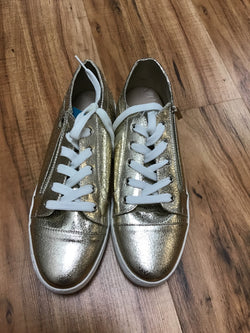 Just Fab Size 9 gold Shoes