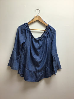 Celebrity Pink Size Medium Denim Top