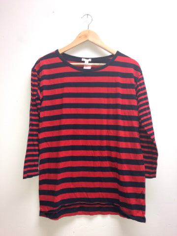 Gap Size Medium Red Top