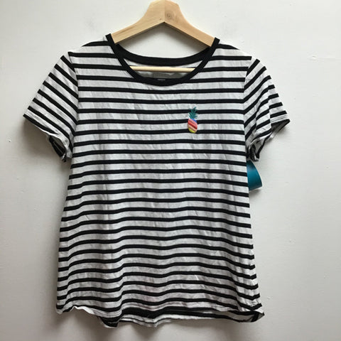 Old Navy Size Small Black & White T-Shirt
