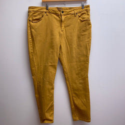 Universal Thread Size 18W Mustard Pants