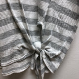 Cherish Size Large Gray & White Top