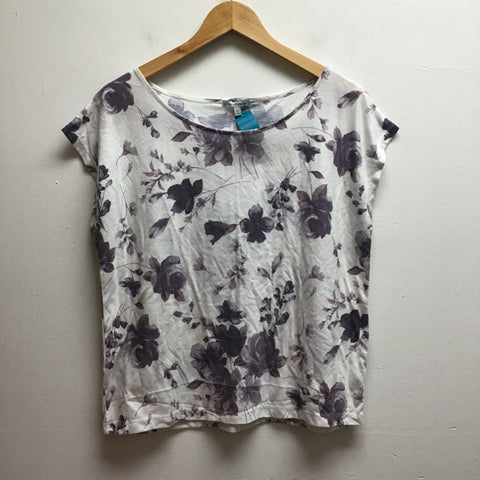 Charlotte Russe Size Large White & Purple Top