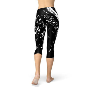 You'll Turn Heads With These Piano Capri Leggings