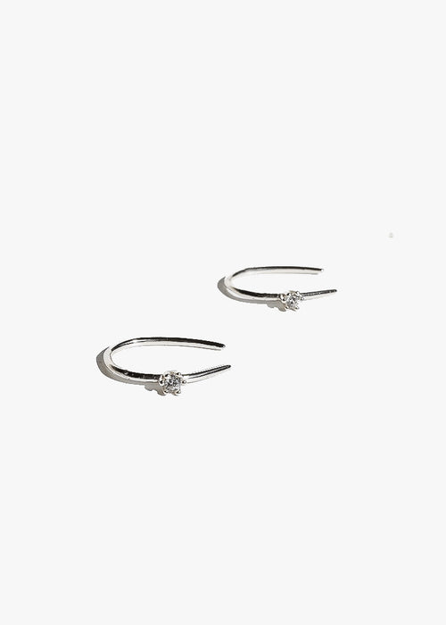 Mini Claw Earrings in Silver