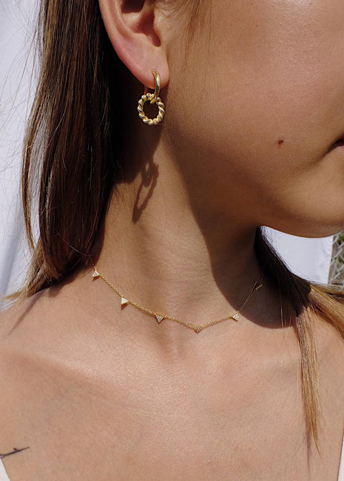 Triangle Choker Necklace in Gold
