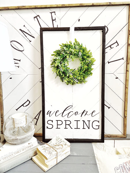 Welcome Spring w/Boxwood Wreath Herringbone Sign