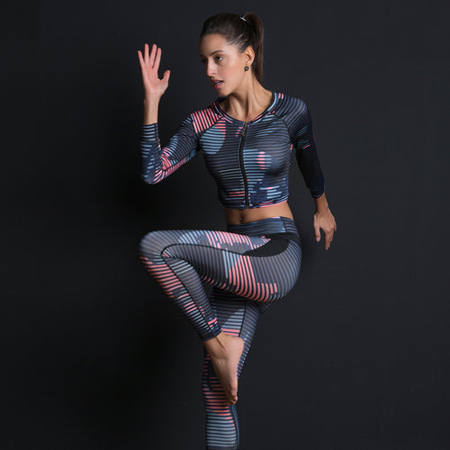 Sexy Women Long Sleeve Yoga Set:  Sport Suit Fitness Long Sleeve Sportswear Zipper Top and Leggings