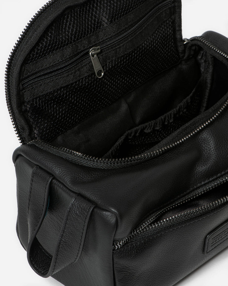 Jett Toiletry Bag