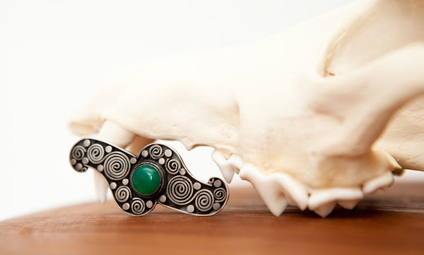 Beautiful Silver Art Deco Brooch with Green Chrysoprase