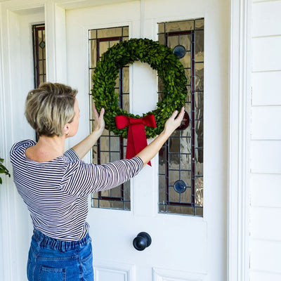 Preserved Boxwood Christmas Wreaths