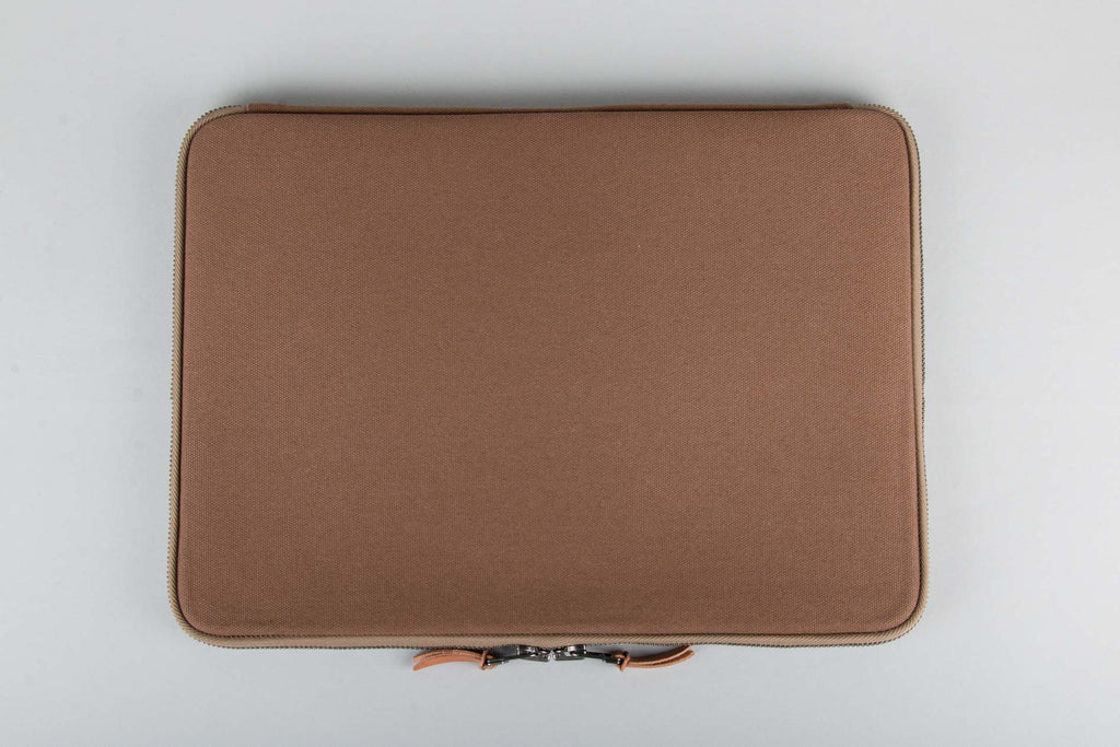 "MAKR Laptop Case 15"" - Tobacco"