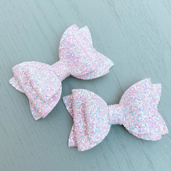 Small Pippa Piggy Clip Pair - Light Pink Glitter