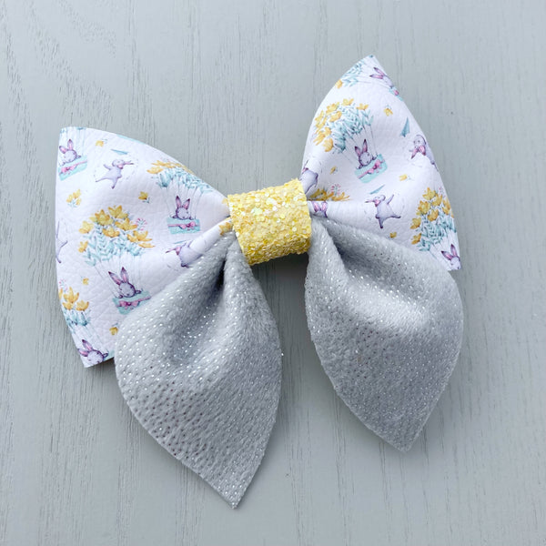 Large Everly Bow Clip - Bunnies
