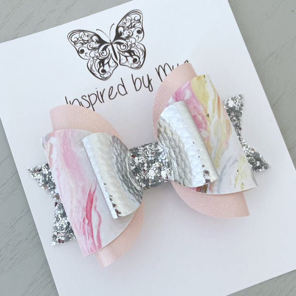 Amelia Bow - Pastel Marble Silver