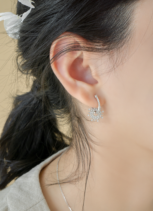 Rotating Snowflake Earrings - JEOEL