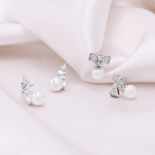 Pearl Bow Earrings - JEOEL