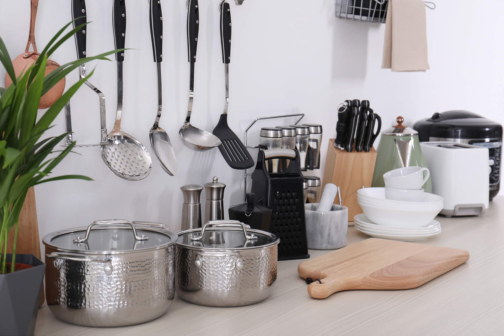 5 Different Types of Kitchenware – Features & Recommendations