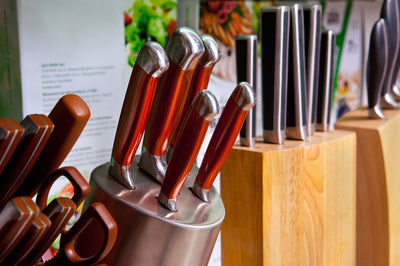 Here are 6 Different Types of Knife Holders – Which One is for You?