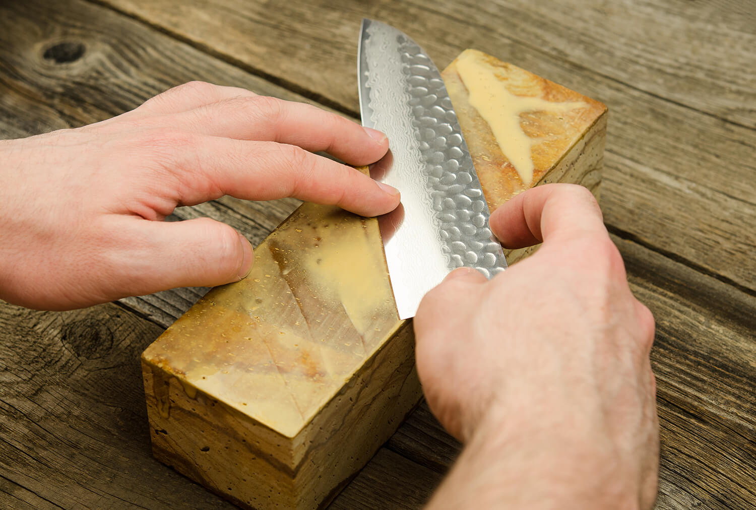 Whetstone Grit for Knife Sharpening - Which One To Choose & Why