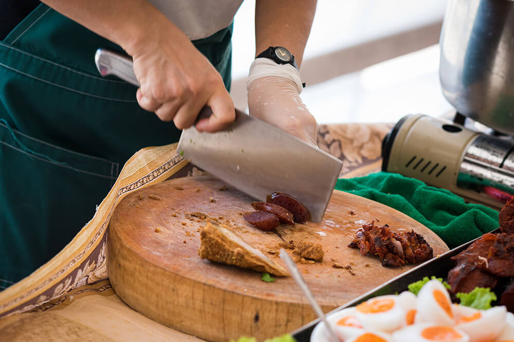 All In One Chinese Cleaver - A Chef's Best Friend