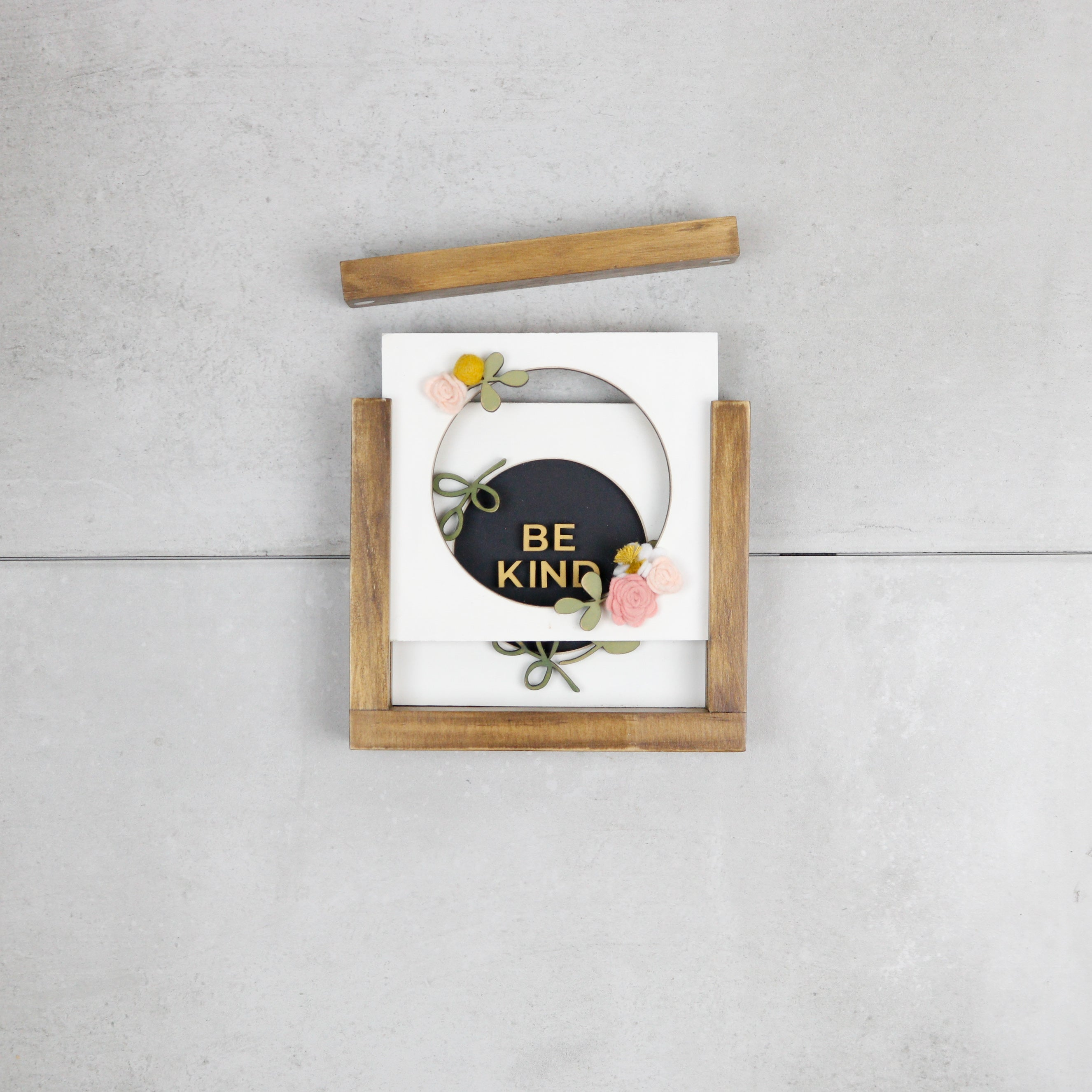 Be Kind Wreath | DIY Insert Kit | Size A