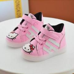 SEPATU BOOTH HELLO KITTY LED