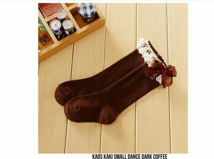 Kaos Kaki Small Dance Coffee