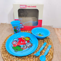 TABLEWARE SET MARVEL