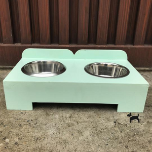 PoochMate Wooden Diner Medium
