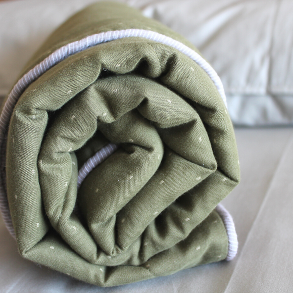 PM OAK Olive Dotty Blanket Medium