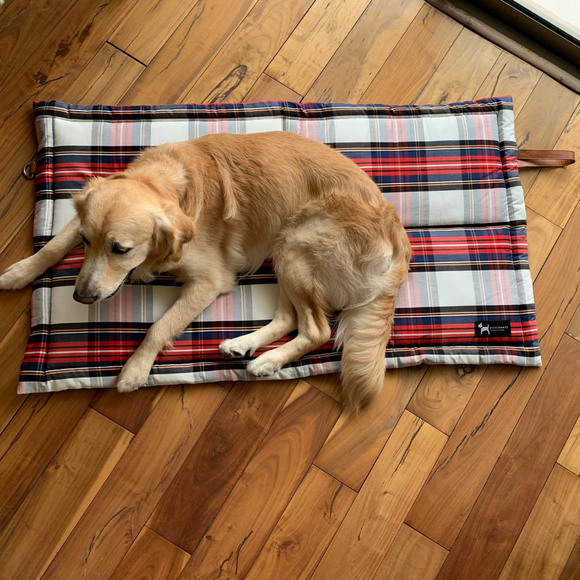 PoochMate Quilted Grab Bag Travel Mat