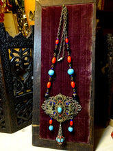 Beautiful Vintage Egyptian Revival Statement Necklace
