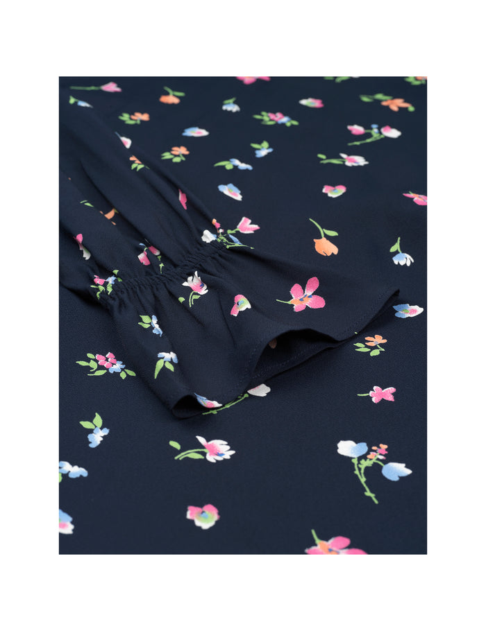 Night Garden Blondiva, Navy Flower