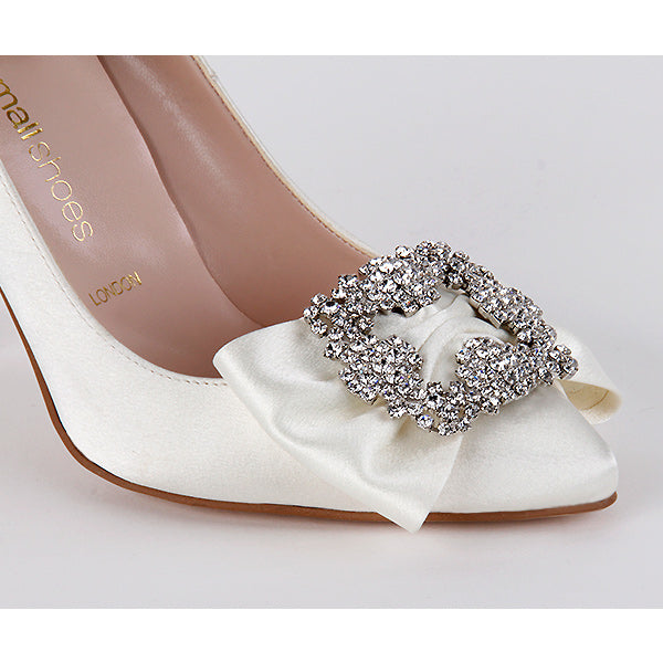 *CREME - ivory, 9cm UK 2.5 (detachable broach)