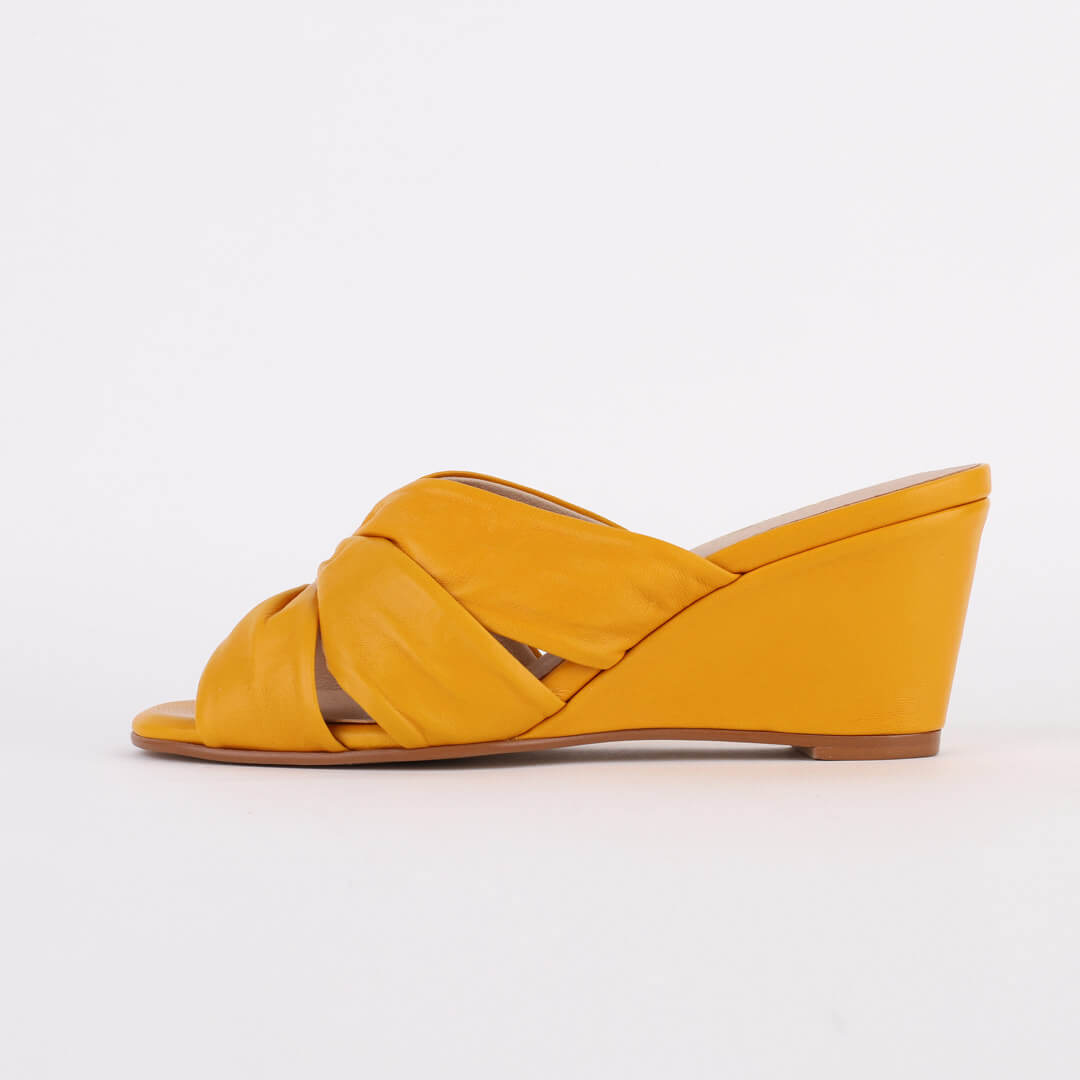 *KRIS - yellow, 6cm, size UK 2.5