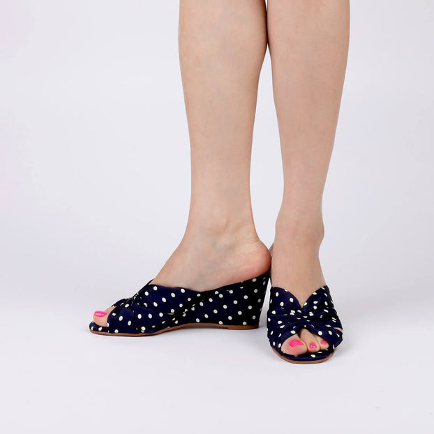 KRIS - Polka Dot Wedge