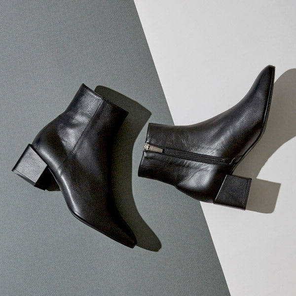 KUNIS - leather ankle boot