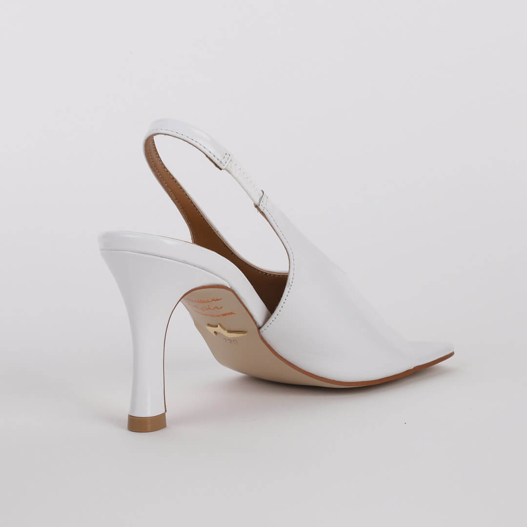*ADELE - white, 8cm size UK 2
