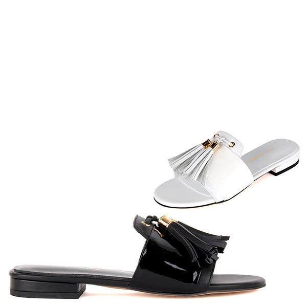 8e0034c24 Small Size Flat Fit Flop Style Sandals In Black Or White Leather ...