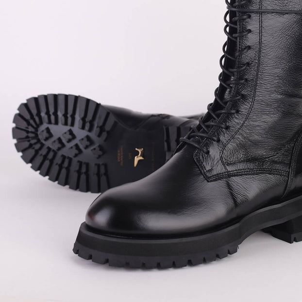 ABRIL - army style boots