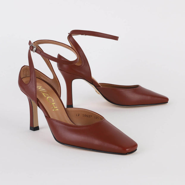 *NUALLA - brown, 8cm size UK 2.5