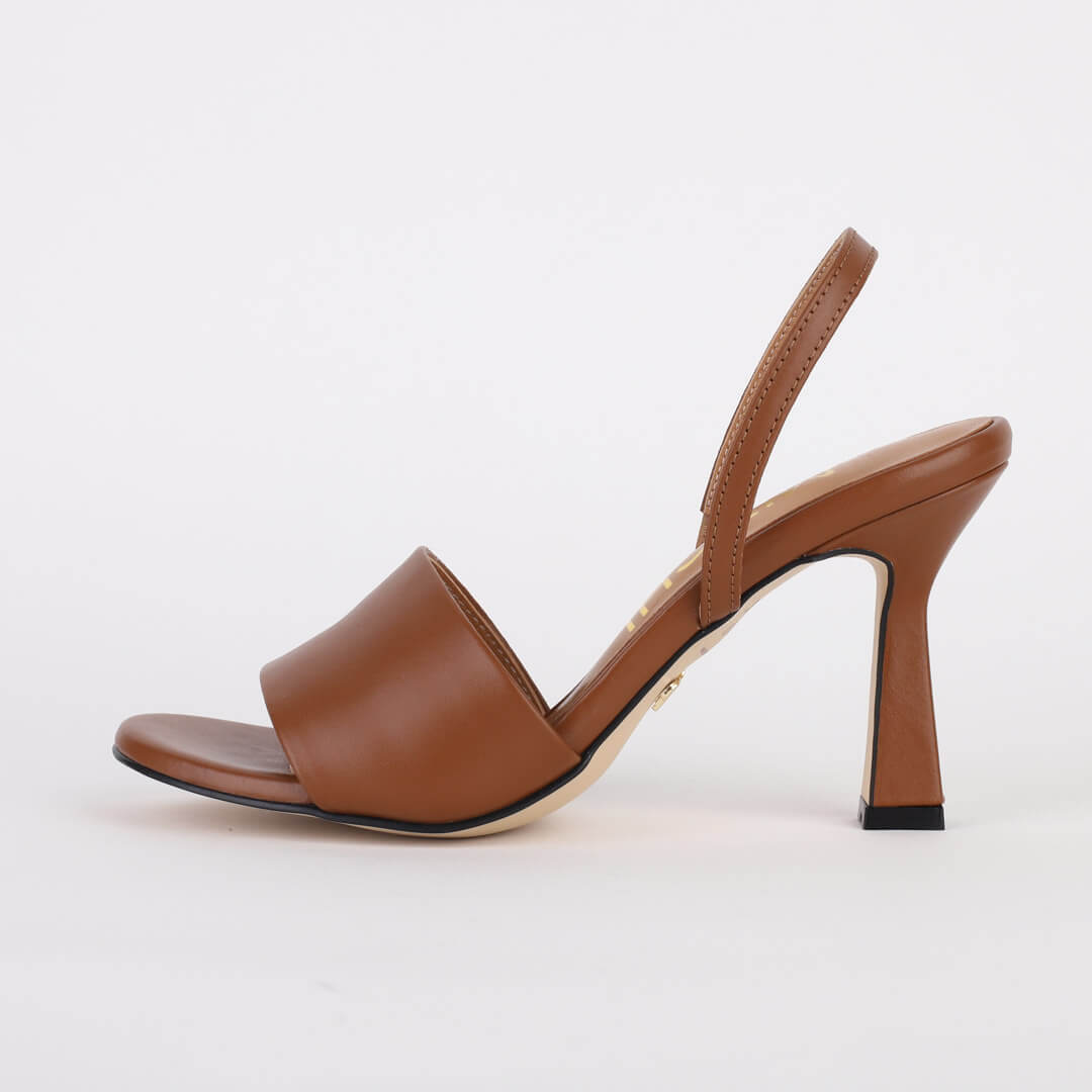 *THEMIS - brown suede, 8cm size Uk 2