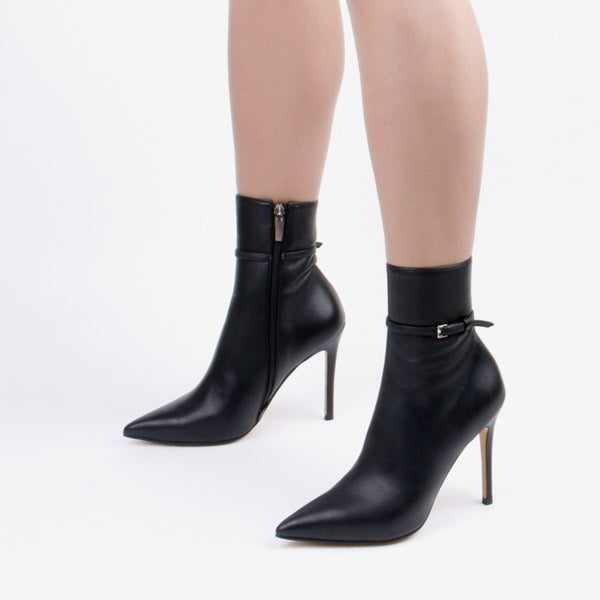 SWIFT- ankle boots