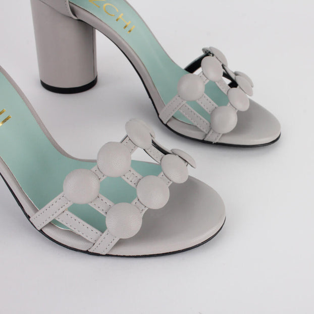 *BUTTON - grey, 8cm, size UK 2.5